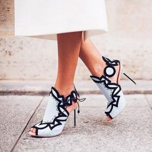 zapatos aguja